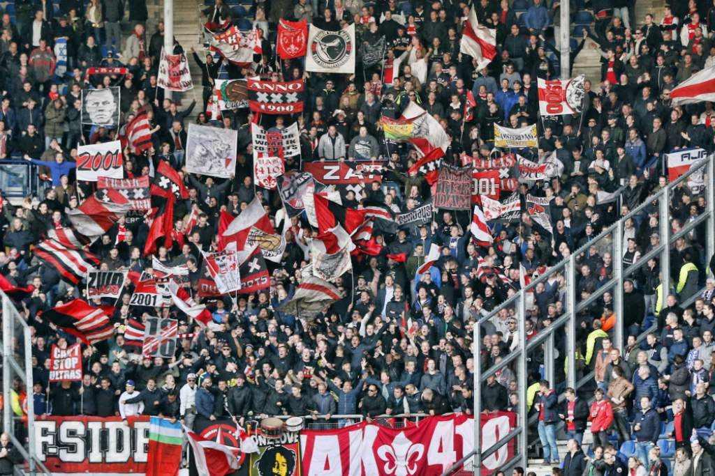 supporters vak410