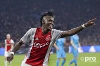 Proshots Ajax nieuws Bertrand Traore