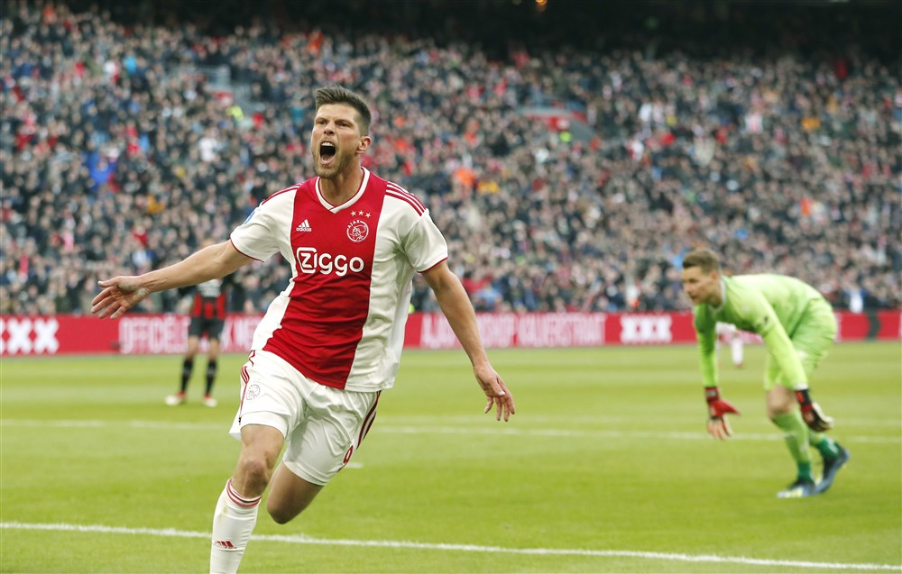Klaas Jan Huntelaar opstelling Ajax