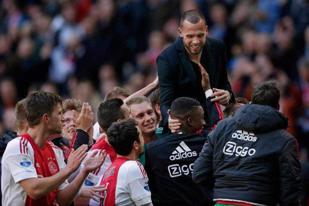 """Heitinga: """"Heel mooi afscheid gekregen van Ajax"""""""