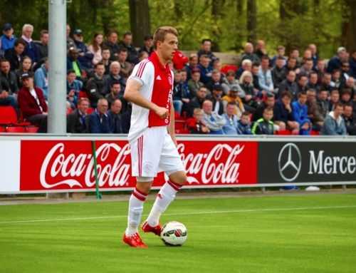 Jong Ajax wint met 5-0 van Hollandia