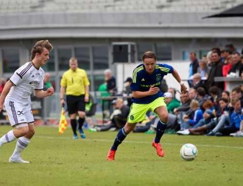 Ajax A1 boekt ruime overwinning op FC Groningen A1