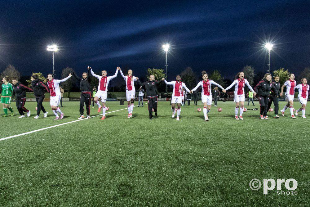 Ajax Vrouwen tanken vertrouwen voor play-offs