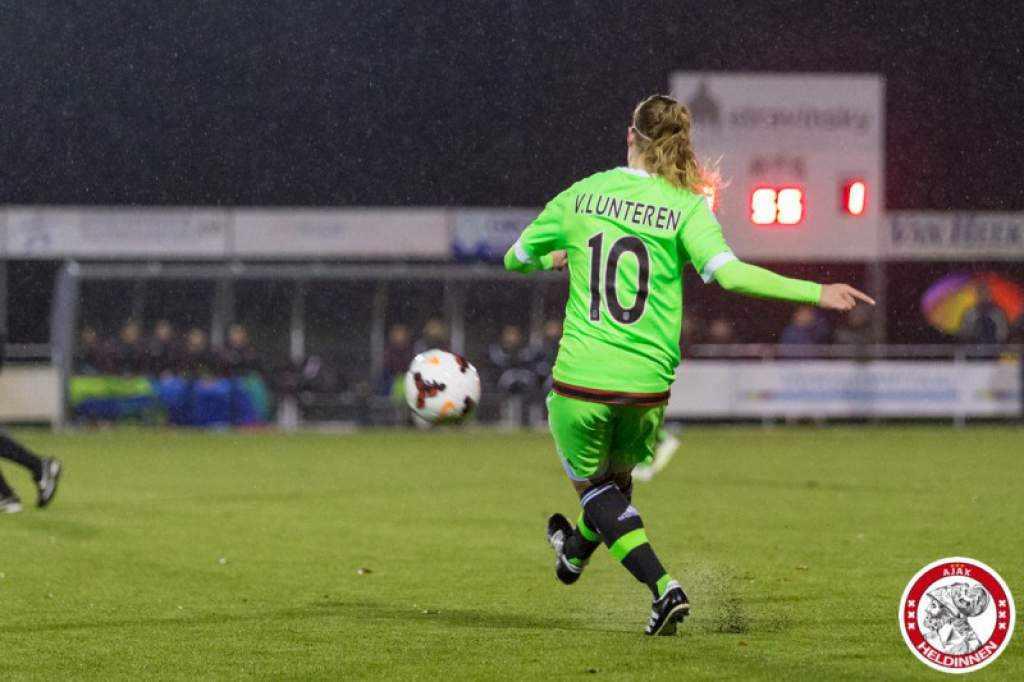 Ajax vrouwen spelen tegen Twente in kwartfinale beker
